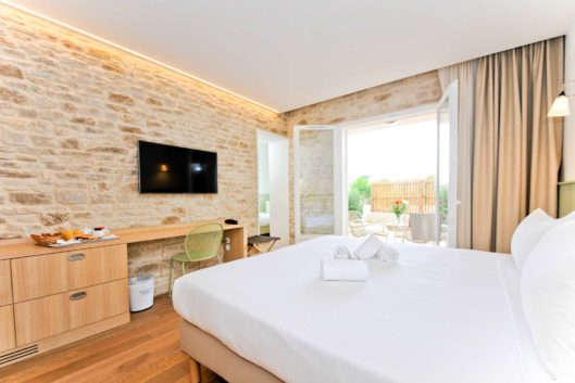 hotel-les-grenettes-chambre